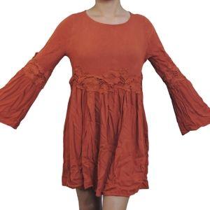 Easel ruffle sleeve Tunic top size small